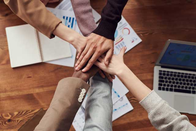 5 Ways to Foster Strong Teamwork Among Your Employees